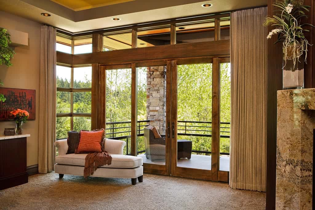 Custom sliding patio door systems sahara windows doors for Backyard sliding door